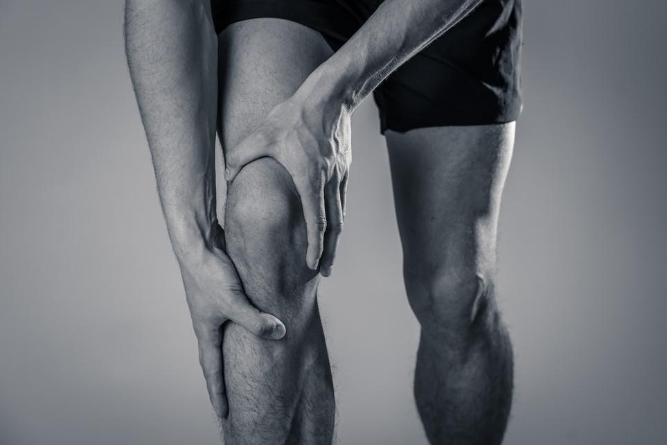 Хронические боли колена у атлетов.