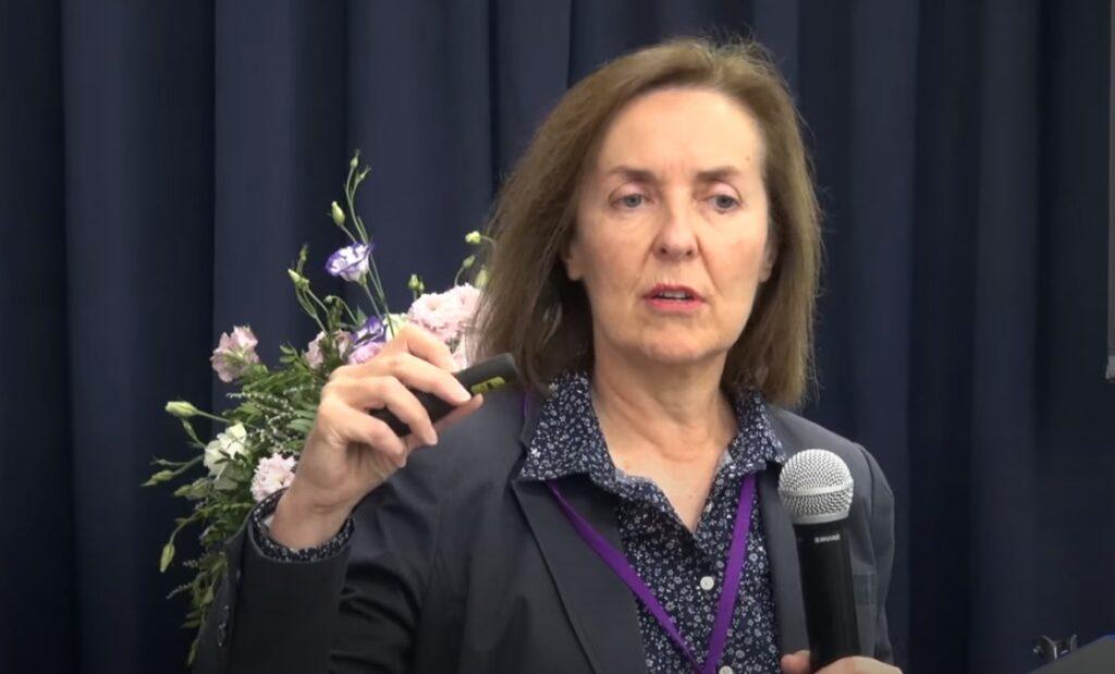 Видео: Анжела Эванс, «Остеохондрозы стопы и нижней конечности»