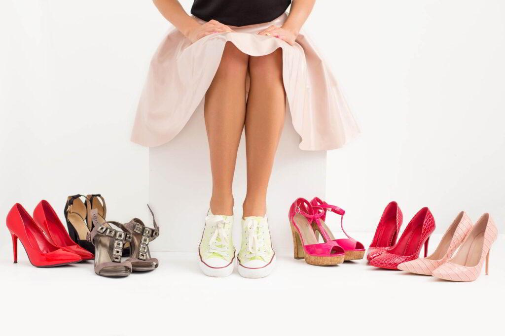 Как правильно девушке выбрать обувь и не навредить стопам
