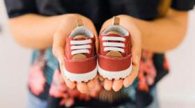 Как выбрать первую обувь для малыша: понятная инструкция для родителей