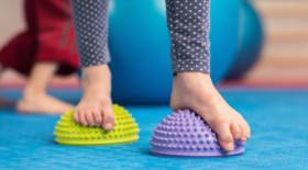 Вальгусная деформация стопы у ребенка, упражнения, профилактика, к какому специалисту обратиться?
